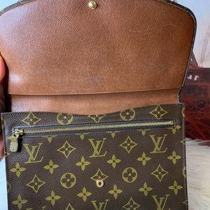 Louis Vuitton Bags - ❣️SOLD❣️ Louis Vuitton Rabat 23 Clutch